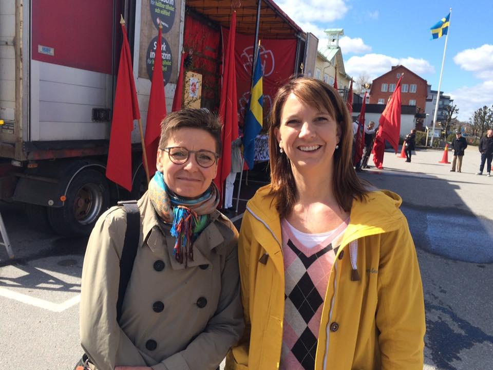 Stolt och glad att få välkomna Ann-Sofie Hermansson till Ale på arbetarrörelsens högtidsdag 1 maj!